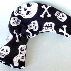 Skull and Crossbones Golf Putter Cover